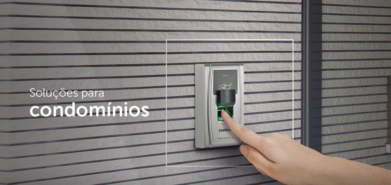 Instalação de controle de acesso biométrico